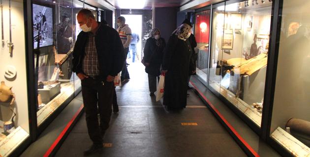 Çanakkale Savaşları Mobil Müzesi Kahramanmaraş'ta ziyarete açıldı