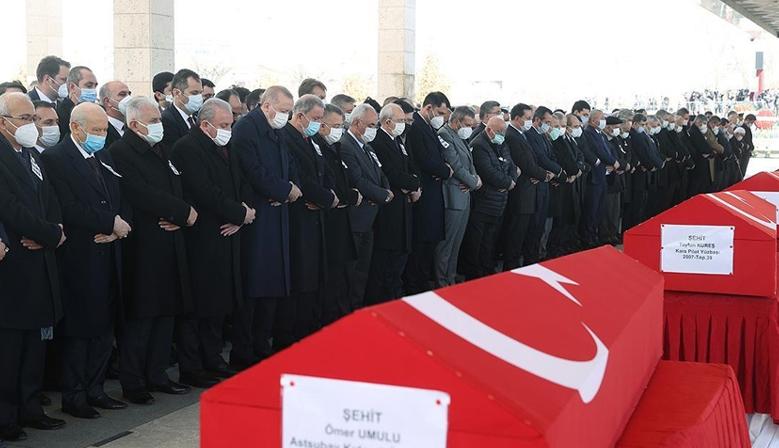 Bitlis şehitlerine hüzünlü veda