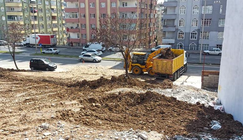Kahramanmaraş'ta Hafriyat Atıkları Temizleniyor