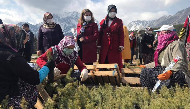 Kahramanmaraş'ta Kadın Kooperatifleri Ziyaret Edildi