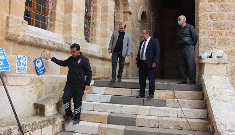 GÜVEN'DEN ESHAB-I KEHF'E KALICI RESTORASYON MÜJDESİ