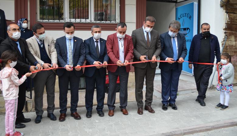 Kahramanmaraş'ta Kültür Kitap Kahve' açıldı