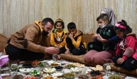 Kahramanmaraş'taki Geçici Barınma Merkezi'nde ilk sahur