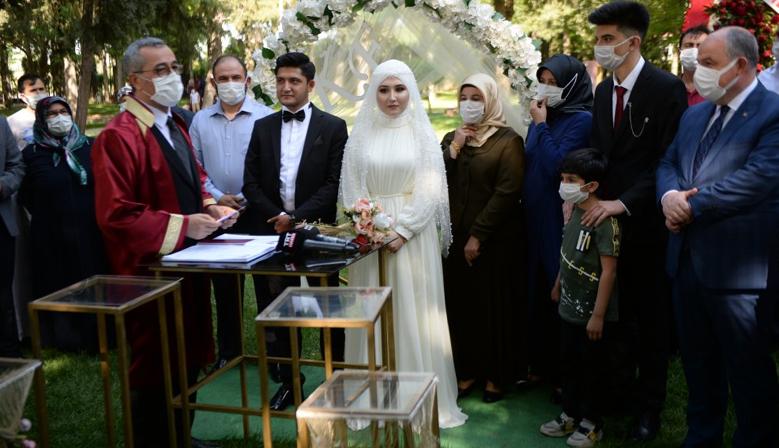 Kahramanmaraş'lı şehit kızının nikahı için tüm protokol seferber oldu