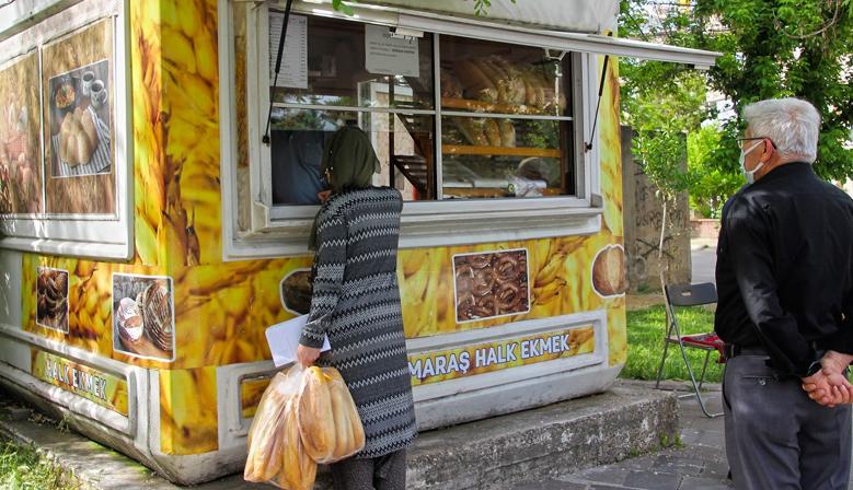 Kahramanmaraş'ta Ücretsiz Ekmek Dağıtımı Sürüyor