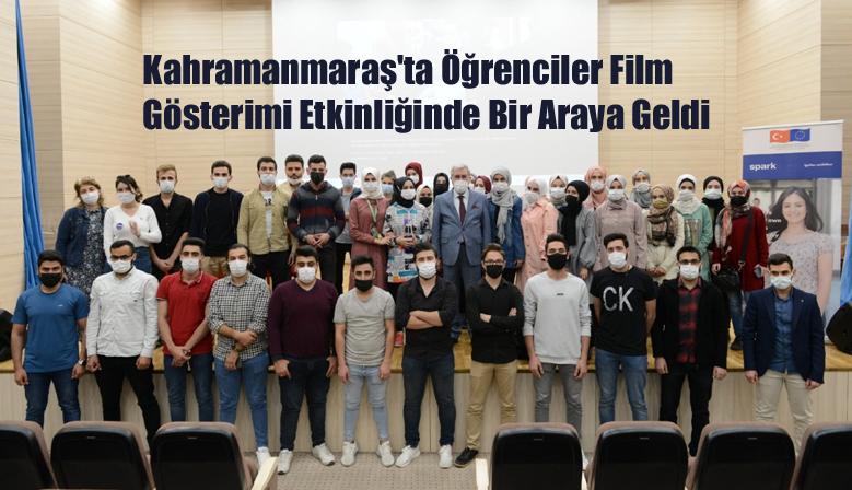 Kahramanmaraş'ta Öğrenciler Film Gösterimi Etkinliğinde Bir Araya Geldi